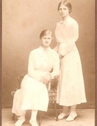 Erna & Helga
